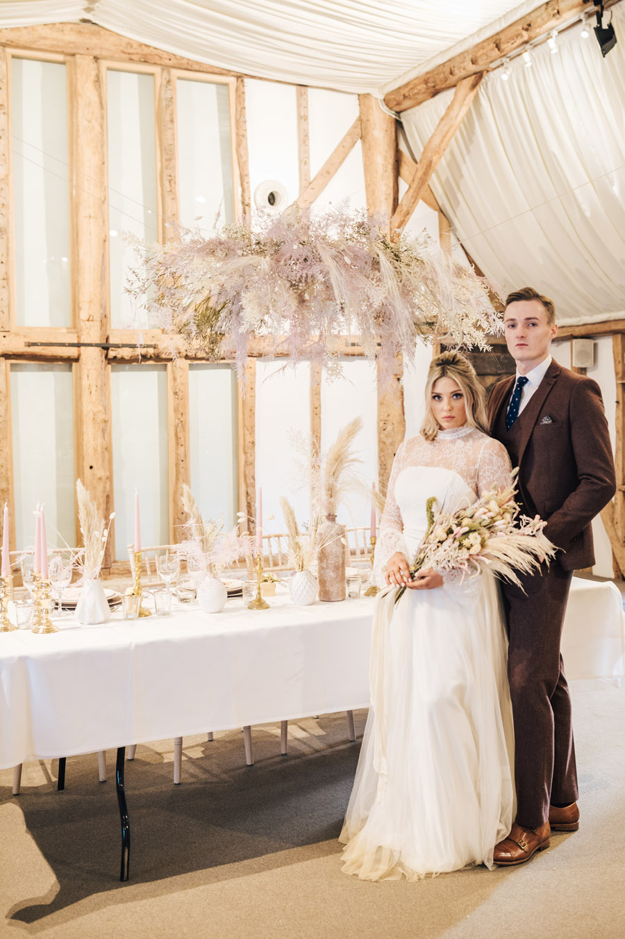 Rustic and Blush Barn Style with oodles of countryside charm (13)