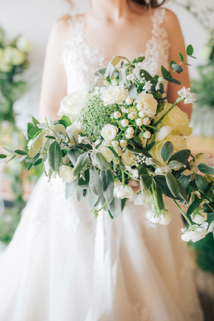A fairytale of soft tones, for a beautiful wedding look from Sissons Barn (4)