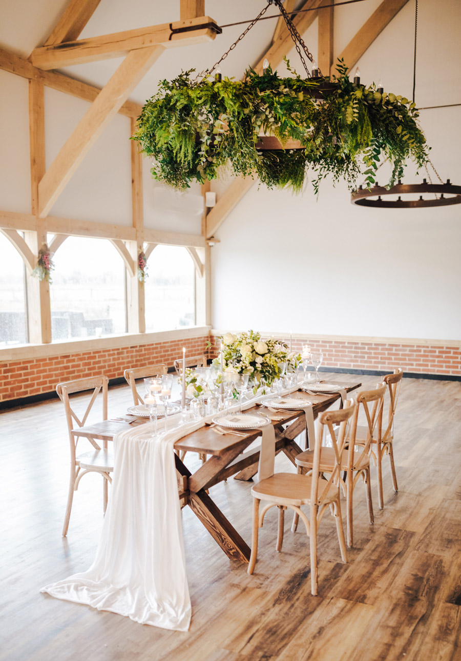 A fairytale of soft tones, for a beautiful wedding look from Sissons Barn (1)