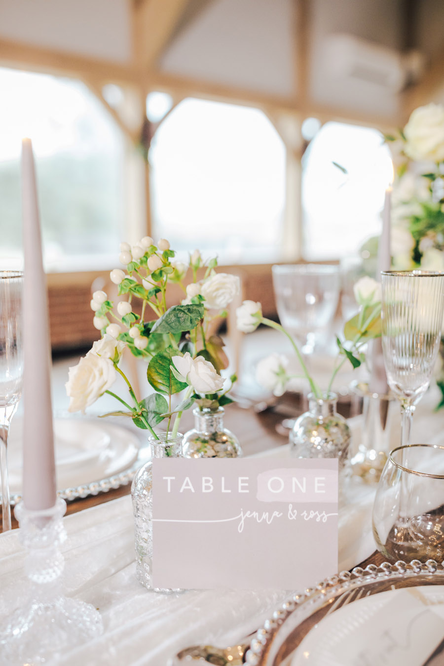 A fairytale of soft tones, for a beautiful wedding look from Sissons Barn (16)
