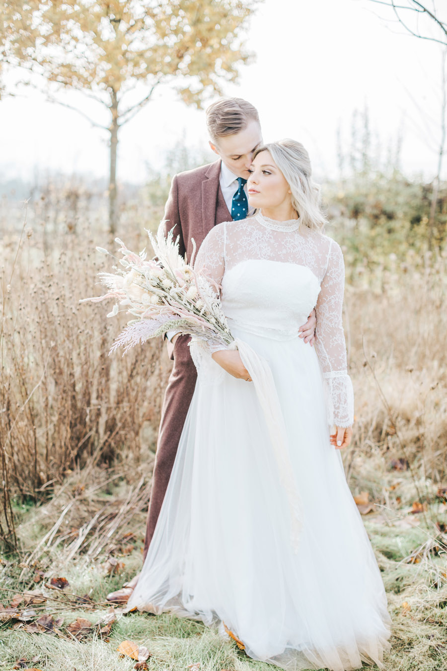 Rustic and Blush Barn Style with oodles of countryside charm (31)
