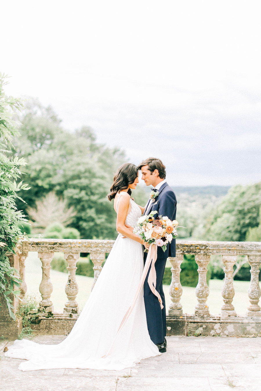 Romantic, French inspired wedding inspiration with masterful florals (4)