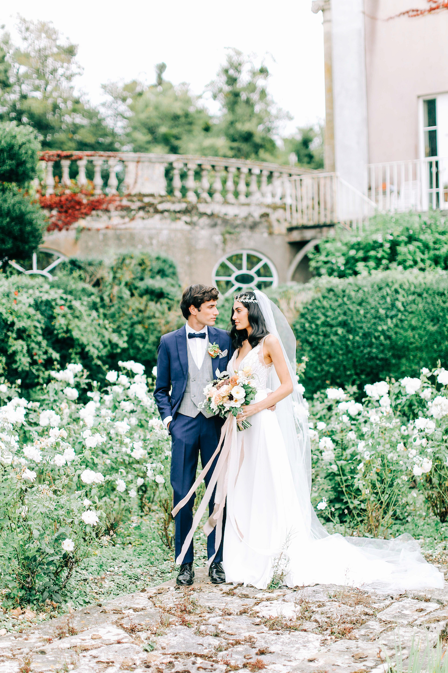 Romantic, French inspired wedding inspiration with masterful florals (9)