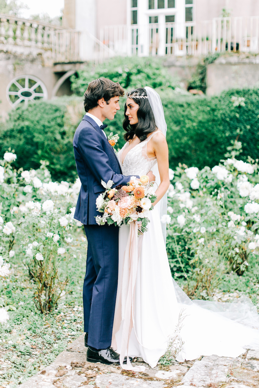 Romantic, French inspired wedding inspiration with masterful florals (11)