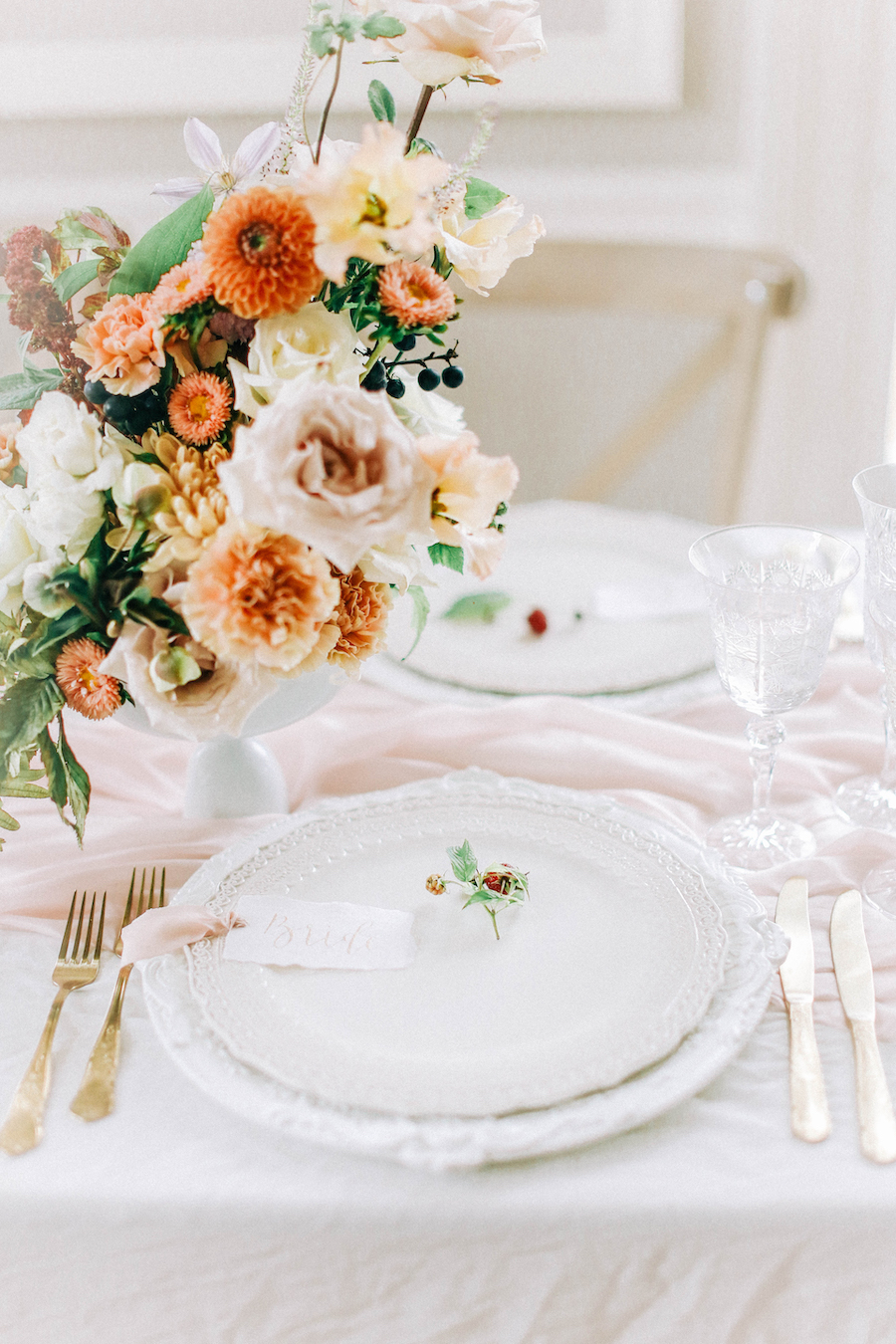 Romantic, French inspired wedding inspiration with masterful florals (23)