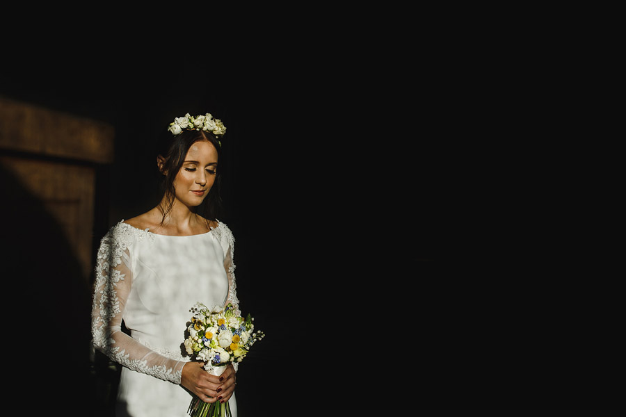 Glorious winter to spring wedding style at Hooton Pagnell, image credit Crayden Wedding Photography (6)