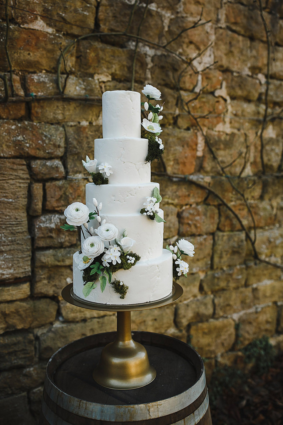 Glorious winter to spring wedding style at Hooton Pagnell, image credit Crayden Wedding Photography (20)