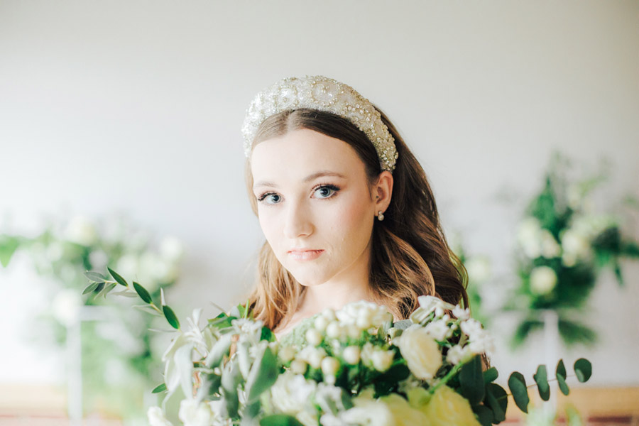 A fairytale of soft tones, for a beautiful wedding look from Sissons Barn (27)