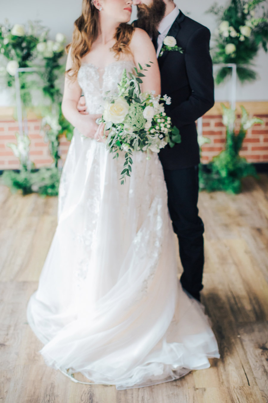 A fairytale of soft tones, for a beautiful wedding look from Sissons Barn (29)