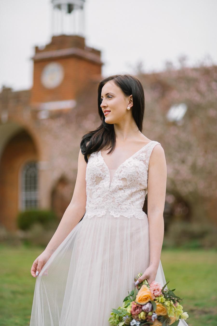 'Understated Elegance' Spring Styled Hampshire Bridal Shoot – Rownhams House, photo credit Nisha Haq Photography (16)