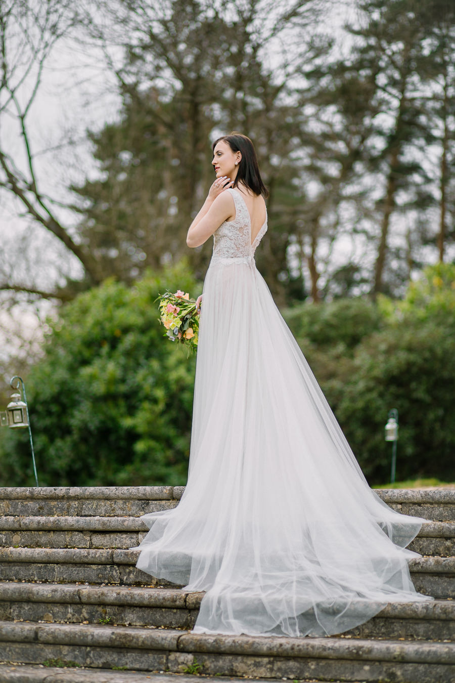 'Understated Elegance' Spring Styled Hampshire Bridal Shoot – Rownhams House, photo credit Nisha Haq Photography (18)