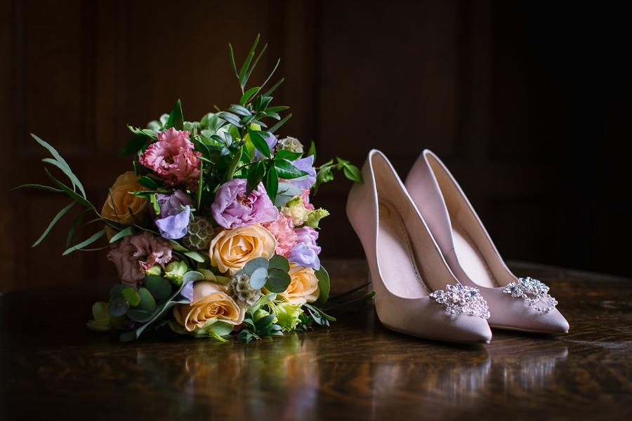 'Understated Elegance' Spring Styled Hampshire Bridal Shoot – Rownhams House, photo credit Nisha Haq Photography (24)