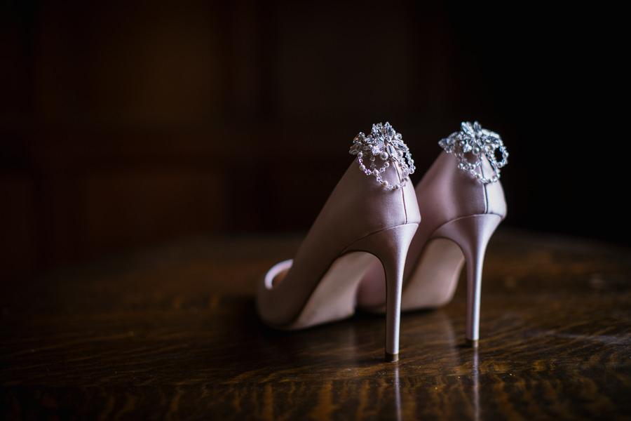 'Understated Elegance' Spring Styled Hampshire Bridal Shoot – Rownhams House, photo credit Nisha Haq Photography (26)