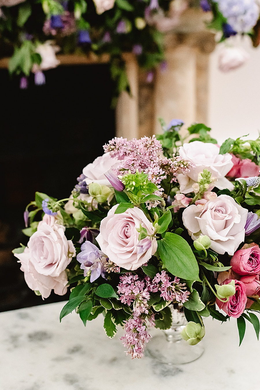 chic, contemporary London wedding style with amazing florals. Image credit Fiona Kelly Photography (32)