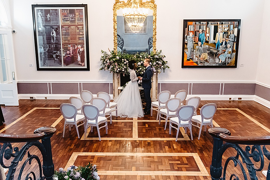 chic, contemporary London wedding style with amazing florals. Image credit Fiona Kelly Photography (51)