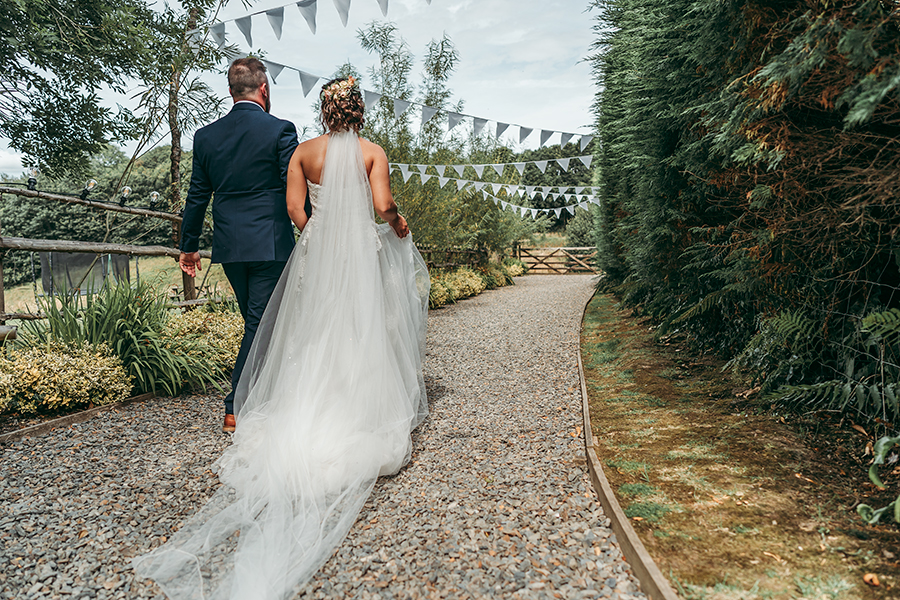 Hayden & Rabia's outdoorsy, natural wedding in Looe, with Tracey Warbey Photography (38)