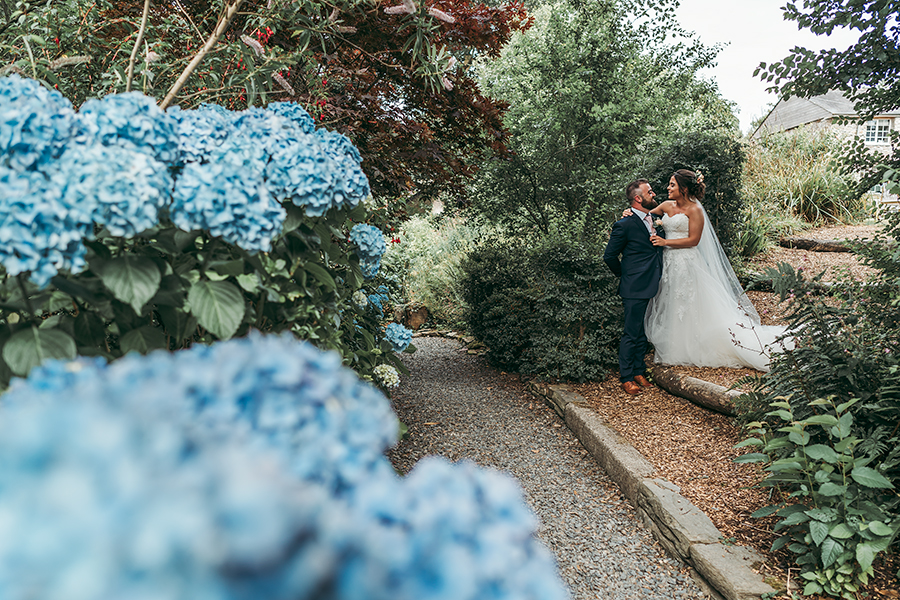 Hayden & Rabia's outdoorsy, natural wedding in Looe, with Tracey Warbey Photography (40)