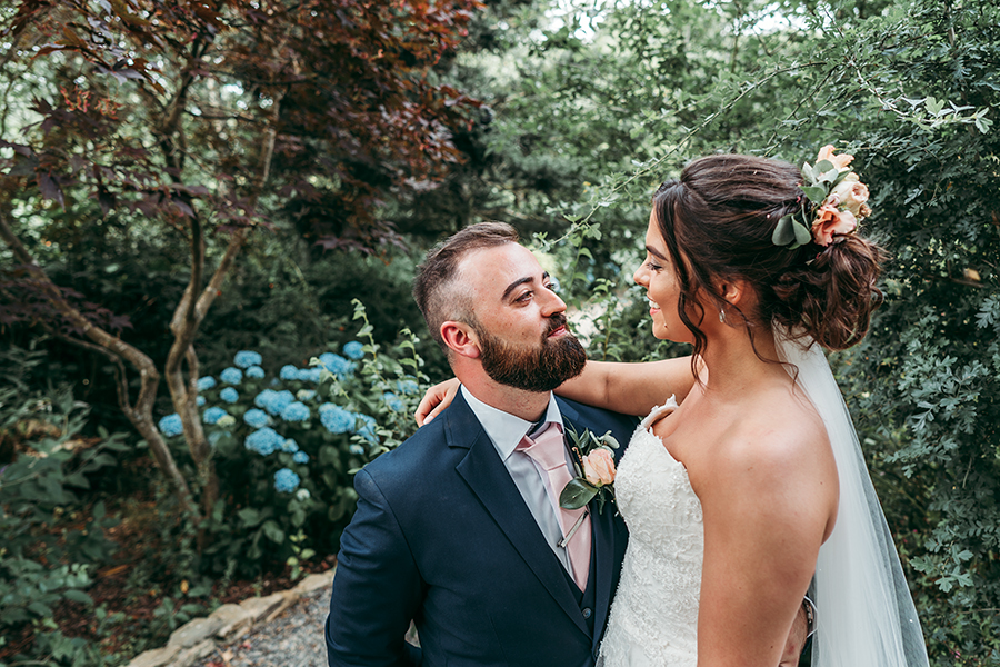 Hayden & Rabia's outdoorsy, natural wedding in Looe, with Tracey Warbey Photography (41)