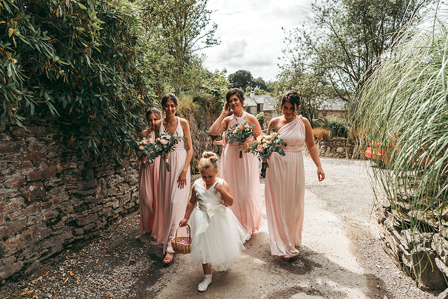 Hayden & Rabia's outdoorsy, natural wedding in Looe, with Tracey Warbey Photography (18)