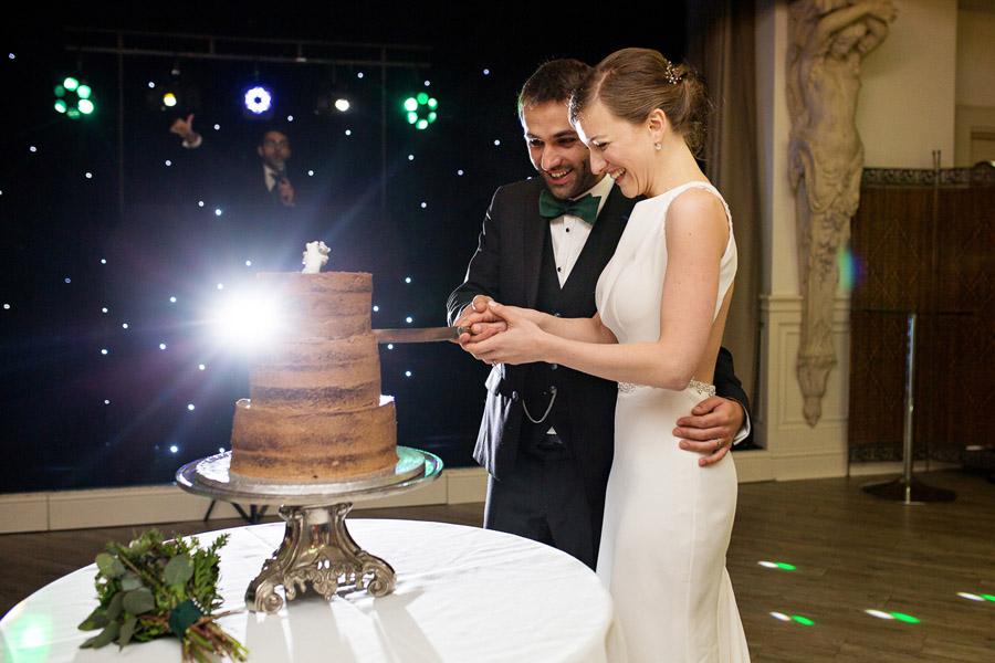 Emma & Adam's minimal, classic and elegant wedding, Manor by the Lake wedding photographer Martin Dabek Photography (27)