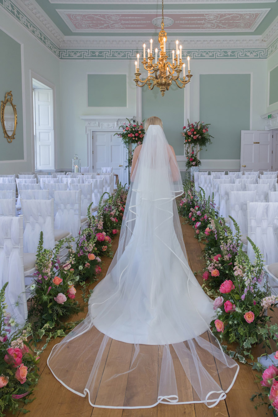 A floral dream full of peonies at Botleys Mansion, image credit Sigi Kirkpatrick Photography (16)