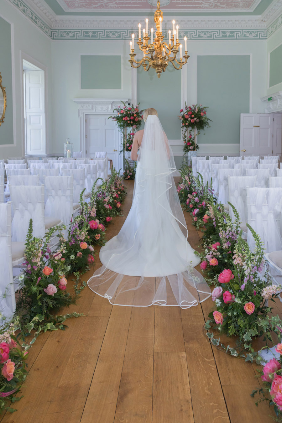 A floral dream full of peonies at Botleys Mansion, image credit Sigi Kirkpatrick Photography (17)