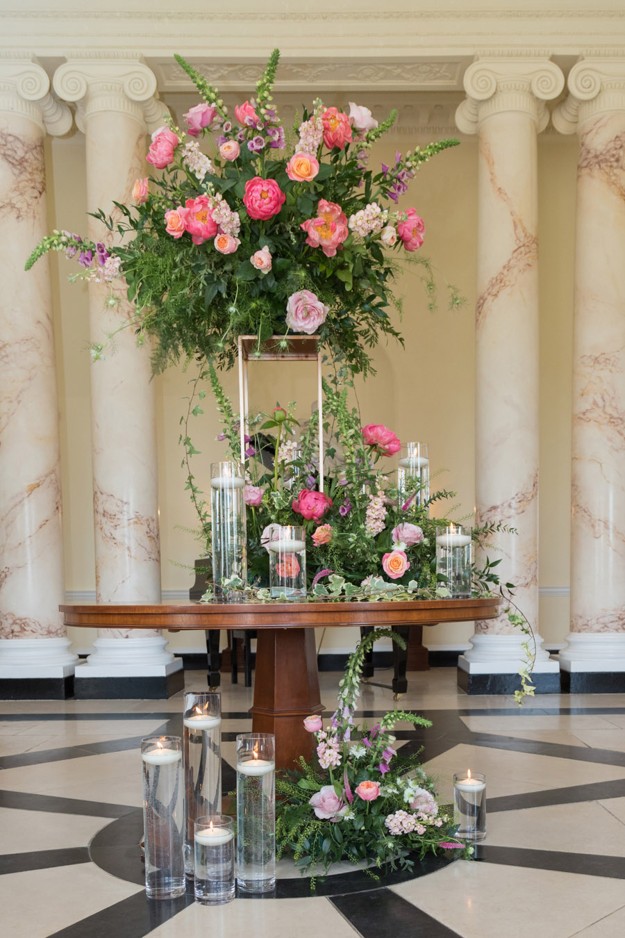 A floral dream full of peonies at Botleys Mansion, image credit Sigi Kirkpatrick Photography (28)