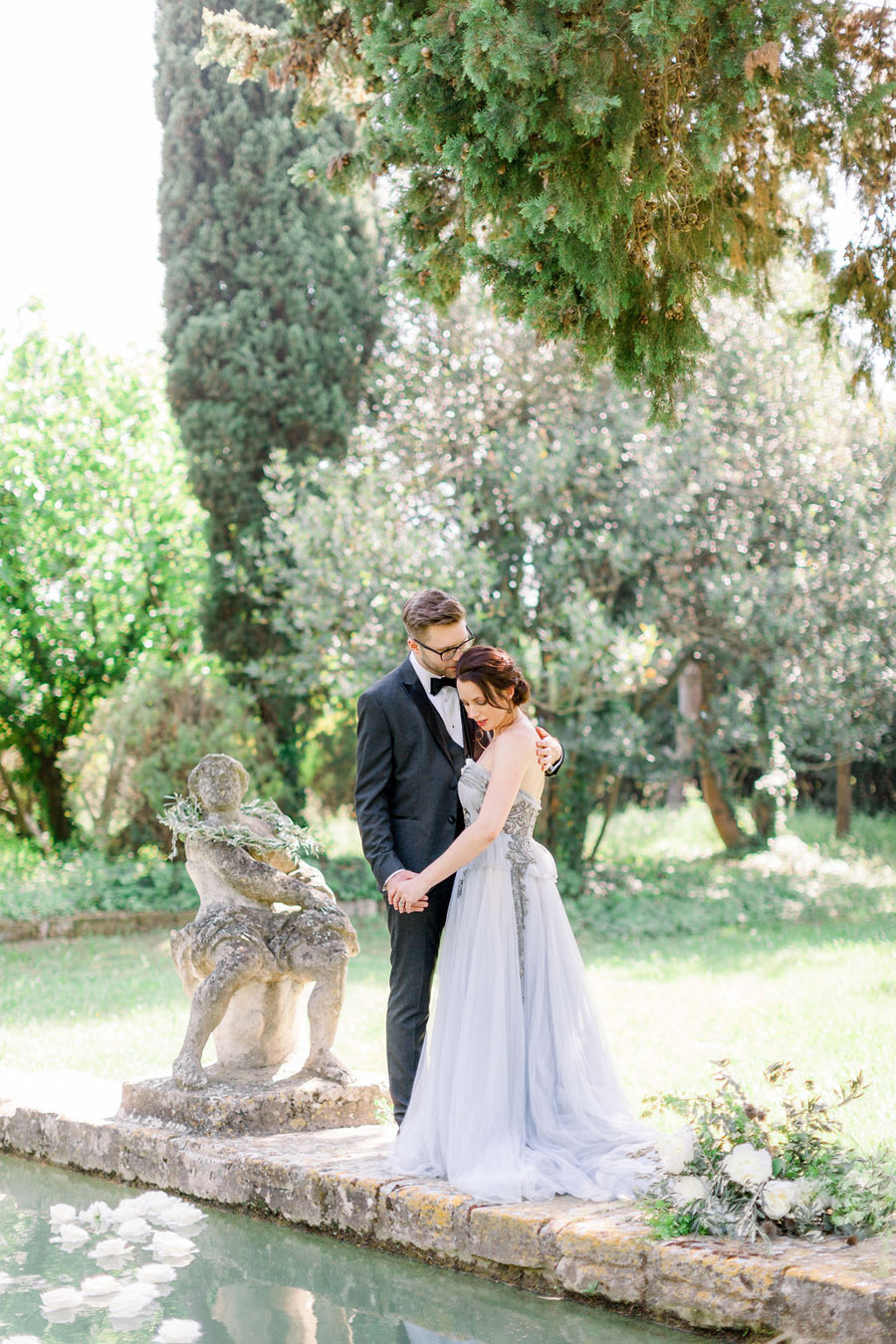 Soft blue tones for a French Chateau wedding style, with Jo Bradbury Photography (21)