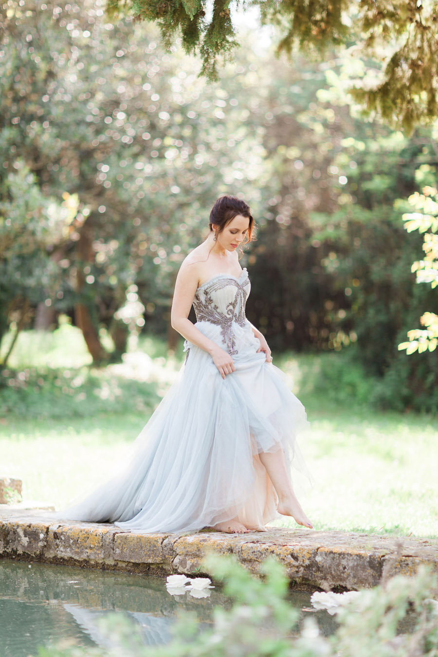 Soft blue tones for a French Chateau wedding style, with Jo Bradbury Photography (22)