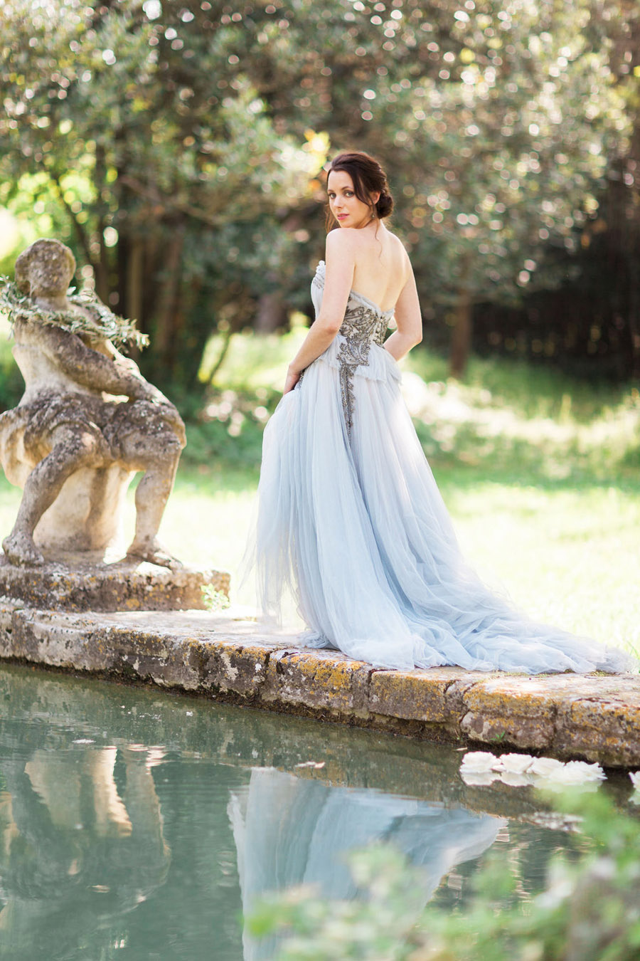 Soft blue tones for a French Chateau wedding style, with Jo Bradbury Photography (24)