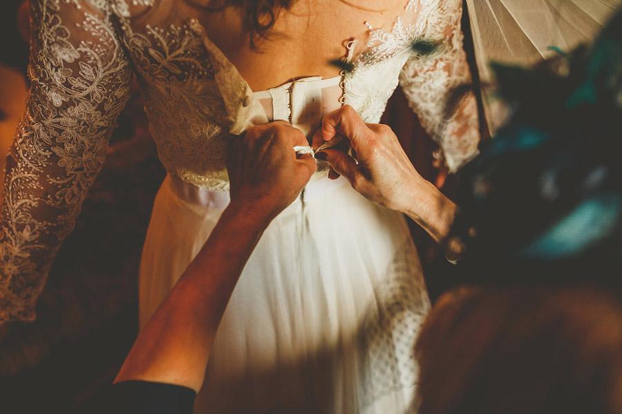 A beautiful Eden Barn wedding with Howell Jones Photography on English-Wedding.com (9)