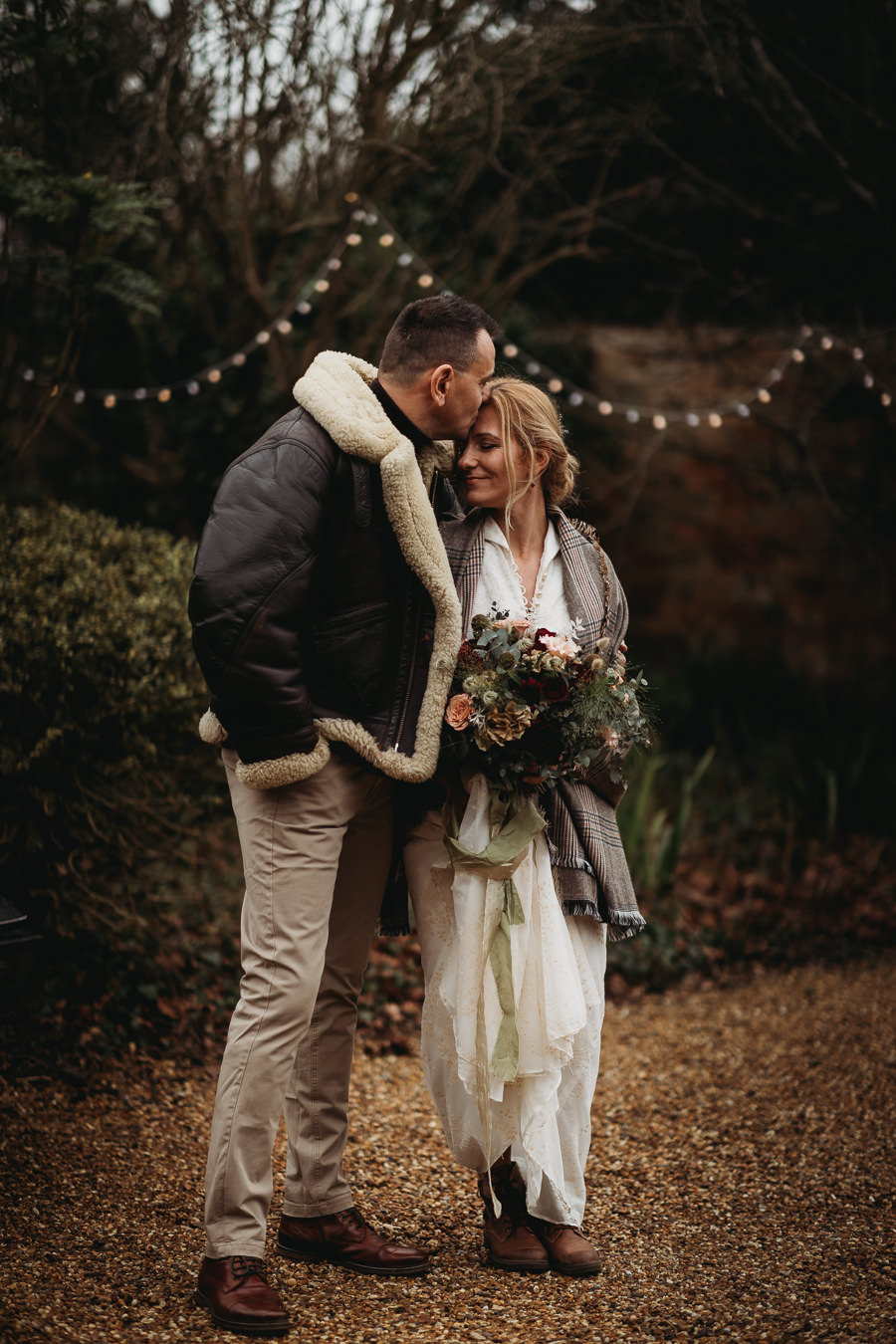 Enchanted garden vintage elopement with Thyme Lane Photography (7)
