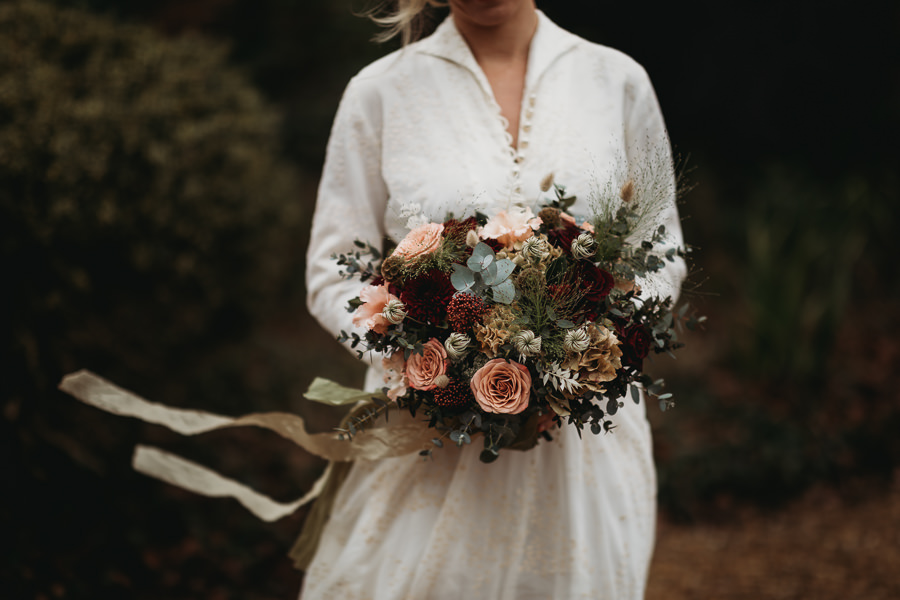 Enchanted garden vintage elopement with Thyme Lane Photography (8)