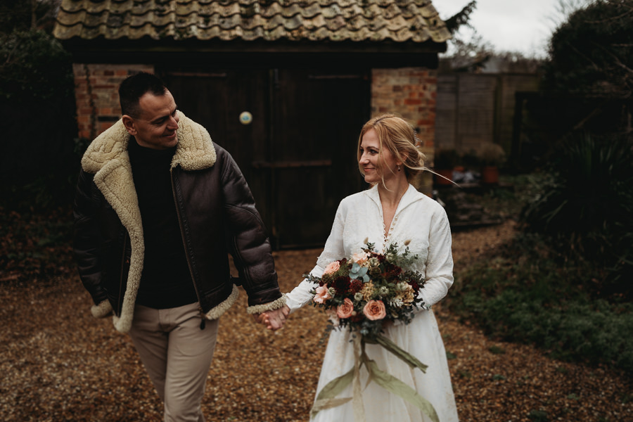 Enchanted garden vintage elopement with Thyme Lane Photography (12)