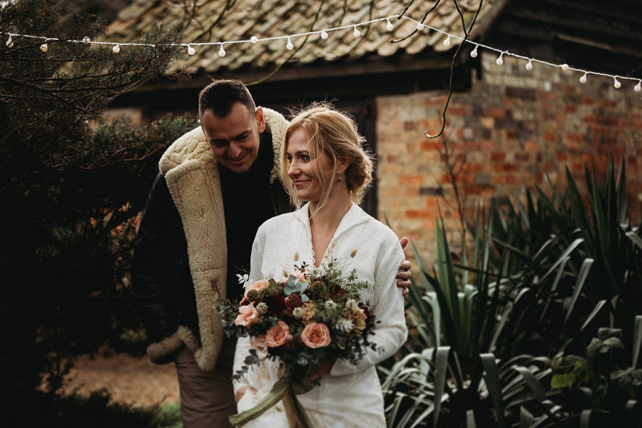 Enchanted garden vintage elopement with Thyme Lane Photography (15)