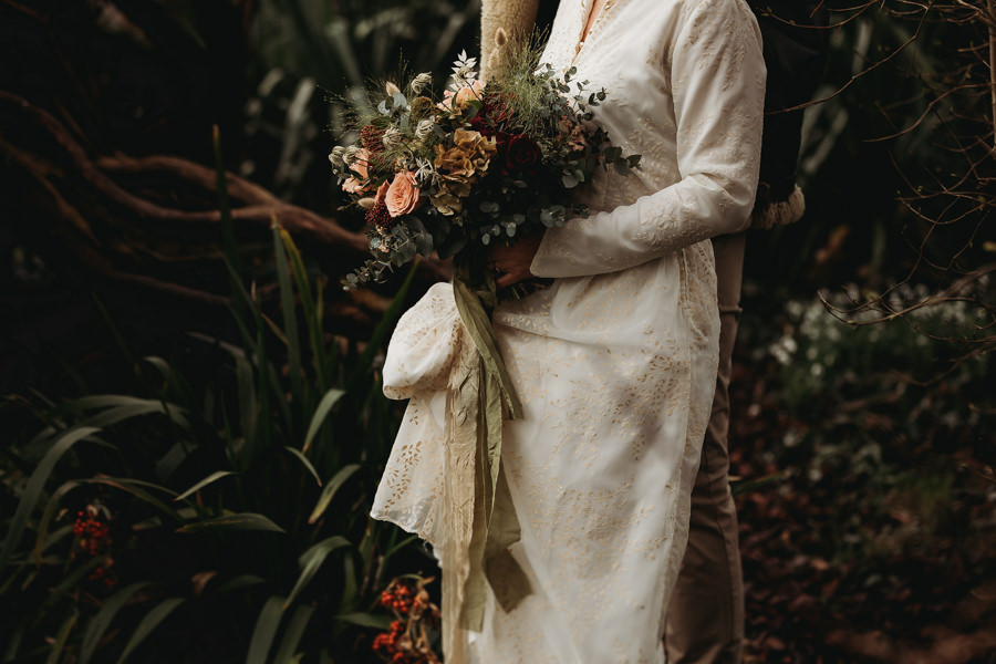 Enchanted garden vintage elopement with Thyme Lane Photography (18)
