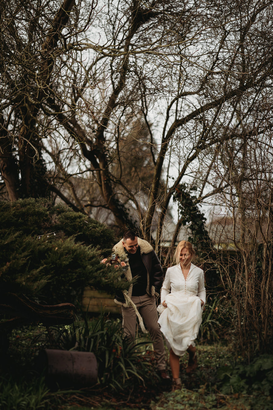 Enchanted garden vintage elopement with Thyme Lane Photography (19)
