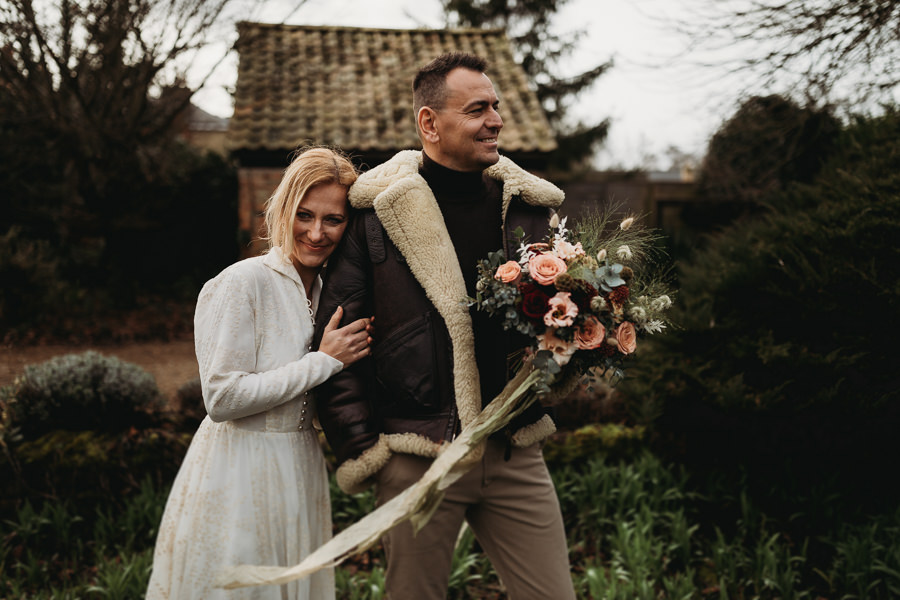 Enchanted garden vintage elopement with Thyme Lane Photography (20)