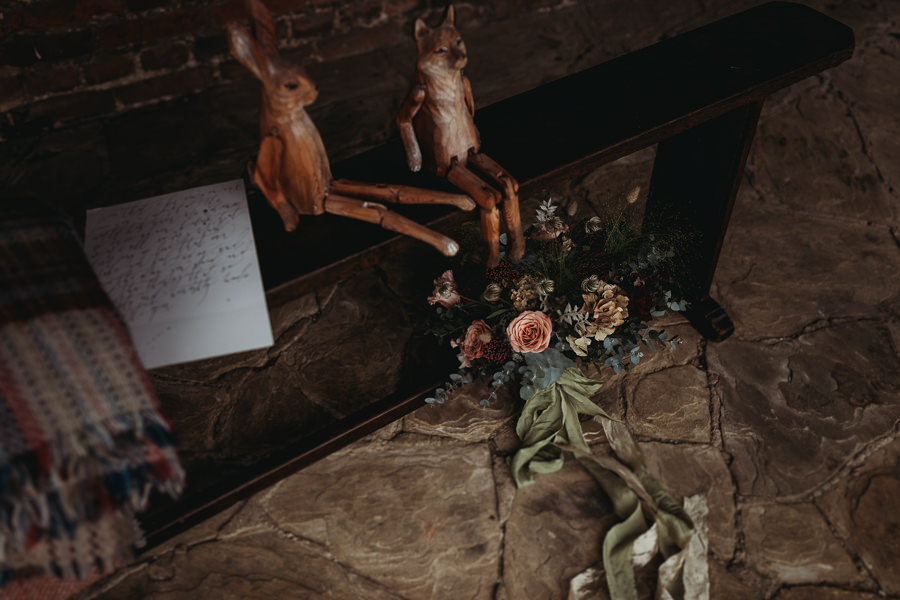 Enchanted garden vintage elopement with Thyme Lane Photography (31)