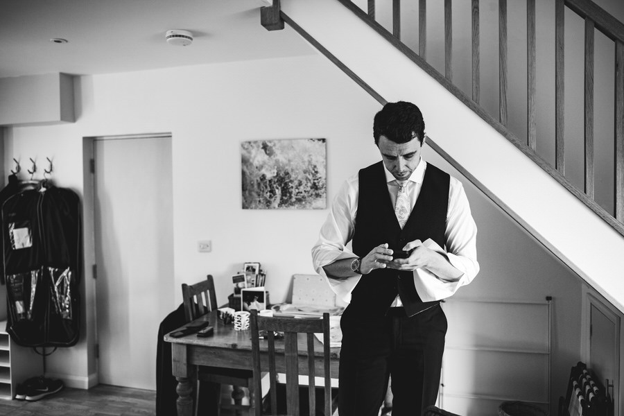 Kirsty & Ben's laid back rustic wedding at Froginwell vineyard, with Simon Biffen Photography (1)