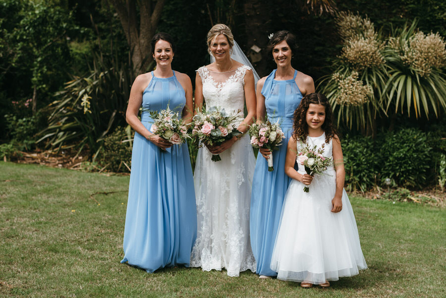 Kirsty & Ben's laid back rustic wedding at Froginwell vineyard, with Simon Biffen Photography (8)