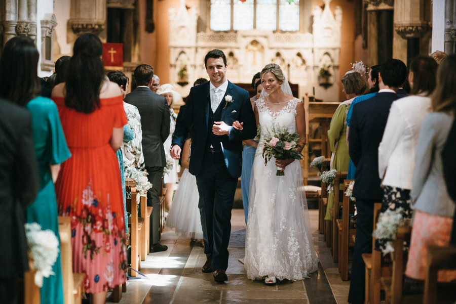 Kirsty & Ben's laid back rustic wedding at Froginwell vineyard, with Simon Biffen Photography (15)