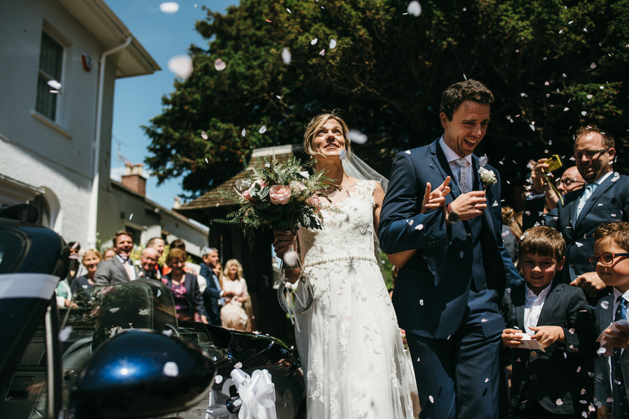 Kirsty & Ben's laid back rustic wedding at Froginwell vineyard, with Simon Biffen Photography (16)