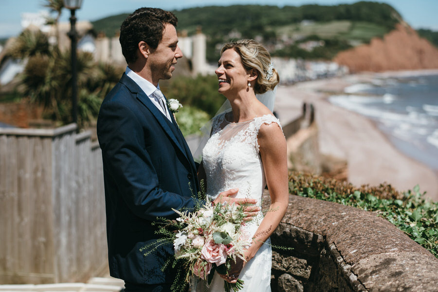 Kirsty & Ben's laid back rustic wedding at Froginwell vineyard, with Simon Biffen Photography (18)
