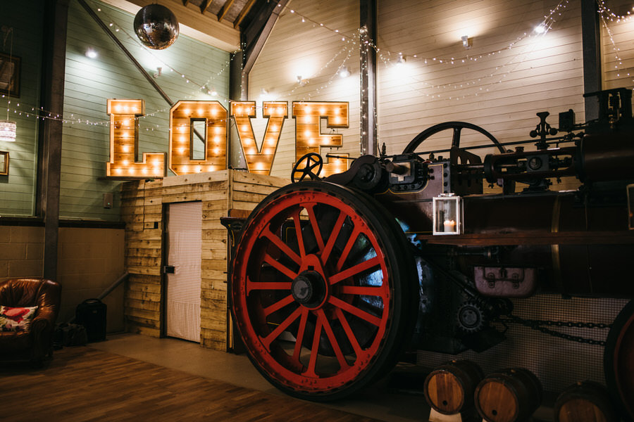 Kirsty & Ben's laid back rustic wedding at Froginwell vineyard, with Simon Biffen Photography (25)