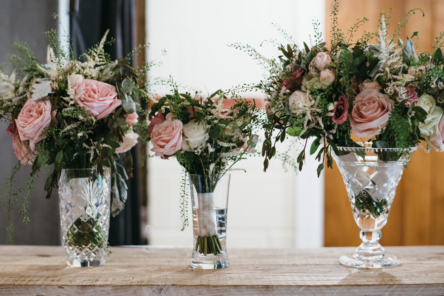 Kirsty & Ben's laid back rustic wedding at Froginwell vineyard, with Simon Biffen Photography (31)