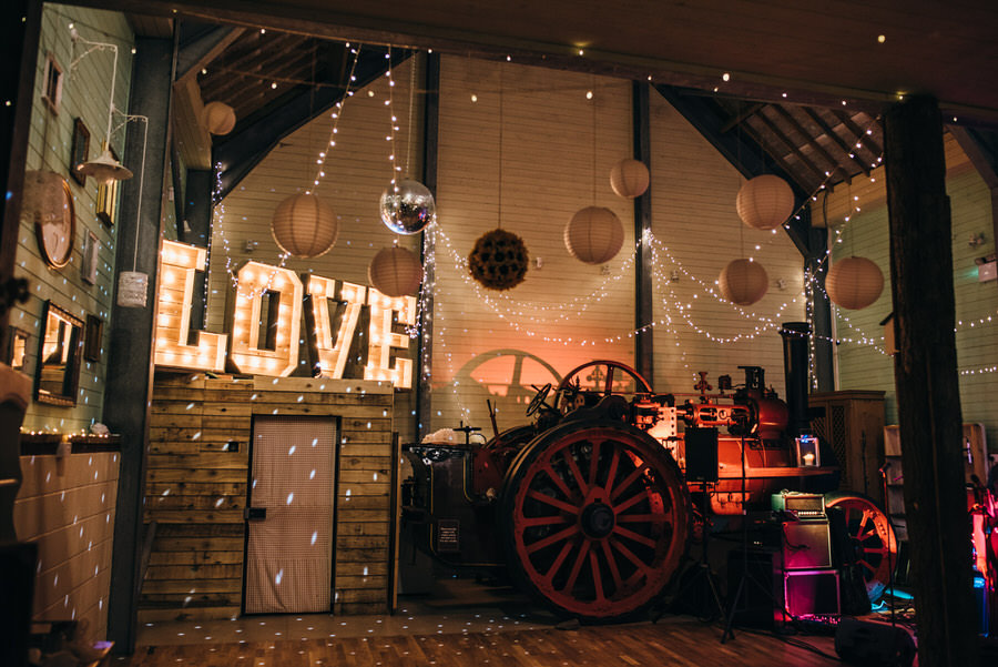 Kirsty & Ben's laid back rustic wedding at Froginwell vineyard, with Simon Biffen Photography (41)