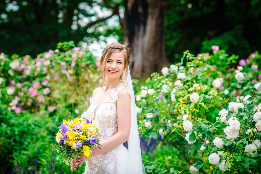 David and Valerie's gorgeous English garden wedding, with GK Photography (20)