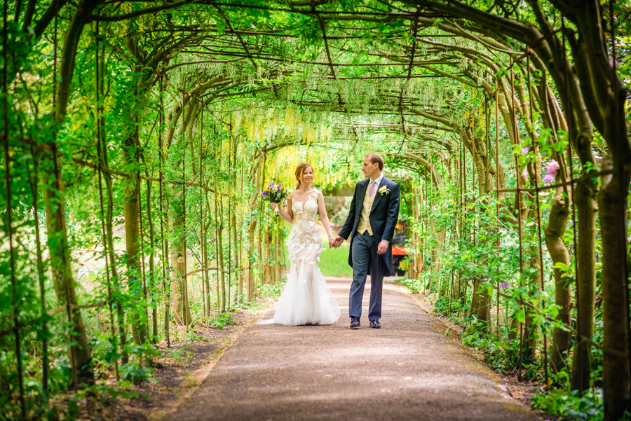 David and Valerie's gorgeous English garden wedding, with GK Photography (28)
