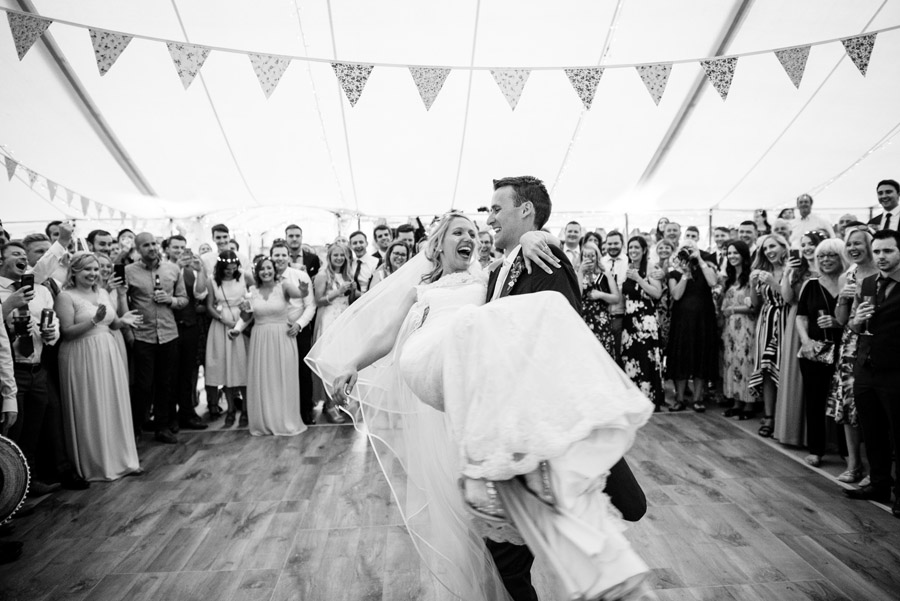 epic first dance moments, image by Simon Biffen Photography